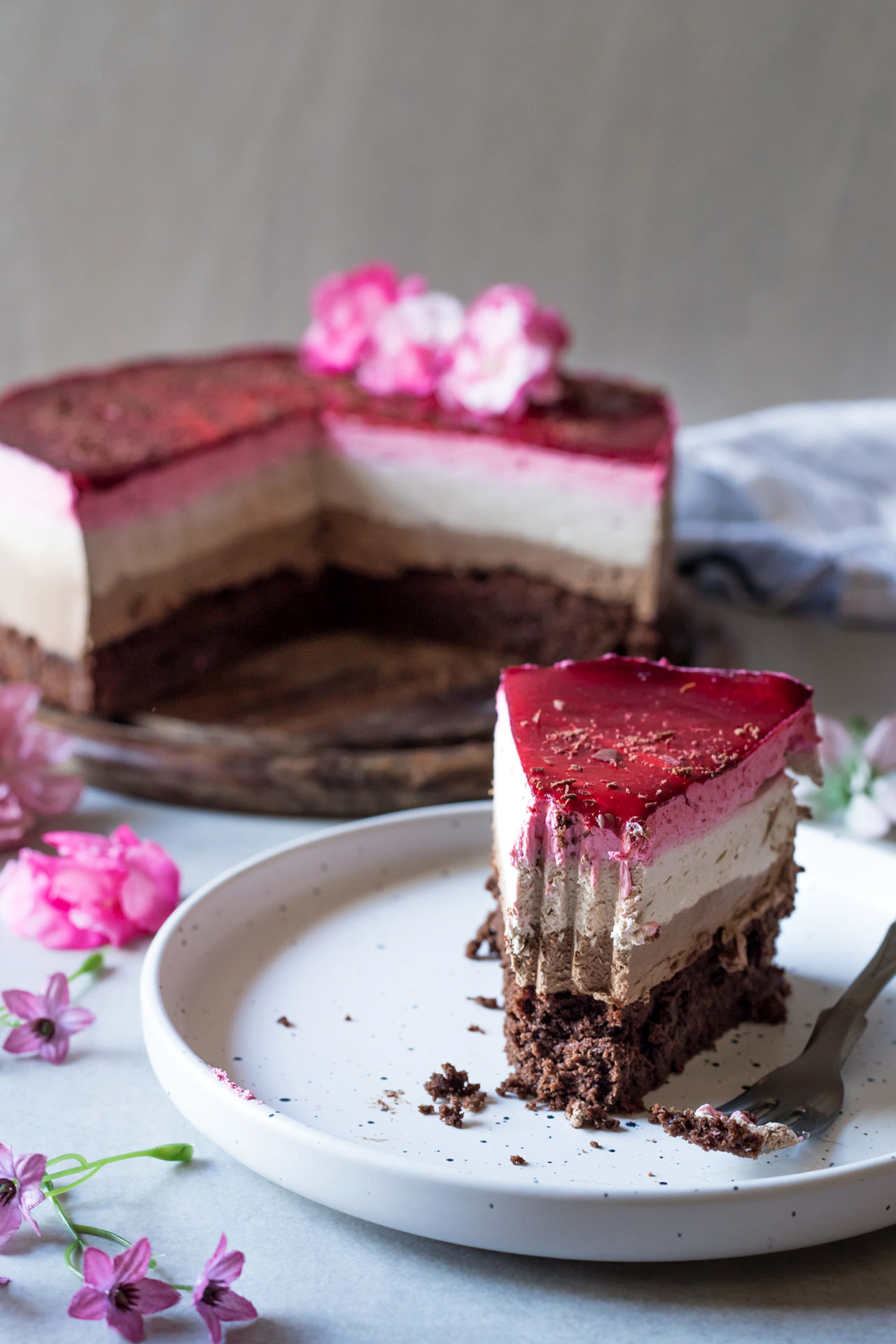 The best Gluten-Free Chocolate and Raspberry Mousse Cake. It is low FODMAP and Lactose-Free, plus super chocolatey, fruity, refreshing and very flavorful.