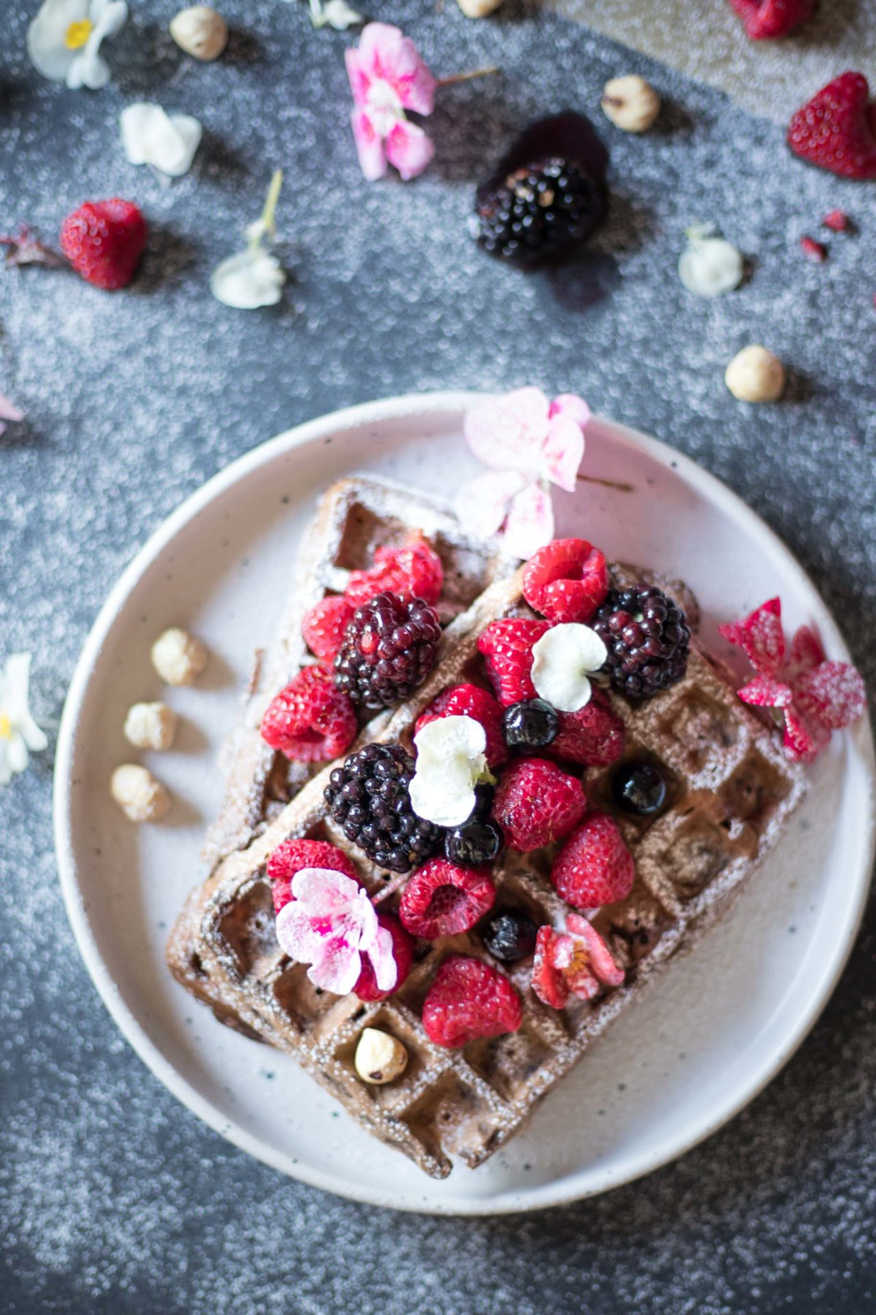 Low FODMAP and Gluten-Free Chocolate Waffles. Only 10 ingredients, simple, flavorful, fluffy, chocolatey and so yum. Perfect indulging breakfast or brunch.