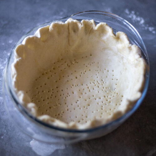 How to make homemade gluten free pie crust from scratch | Easy step-by-step instructions how to make extra flaky pies.