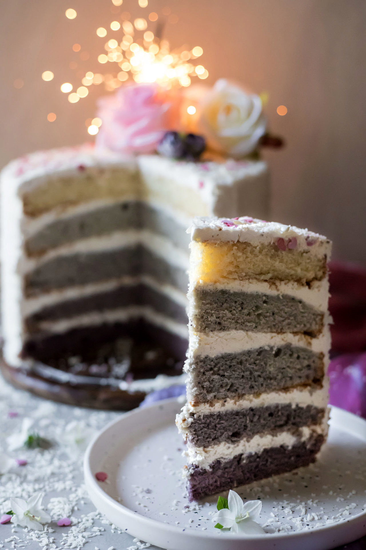 Gluten Free Blueberry Ombre Cake (Free from artificial colors). This cake is so luxurious, super pretty and beyond delicious. With a perfectly soft and tender texture and silky frosting.