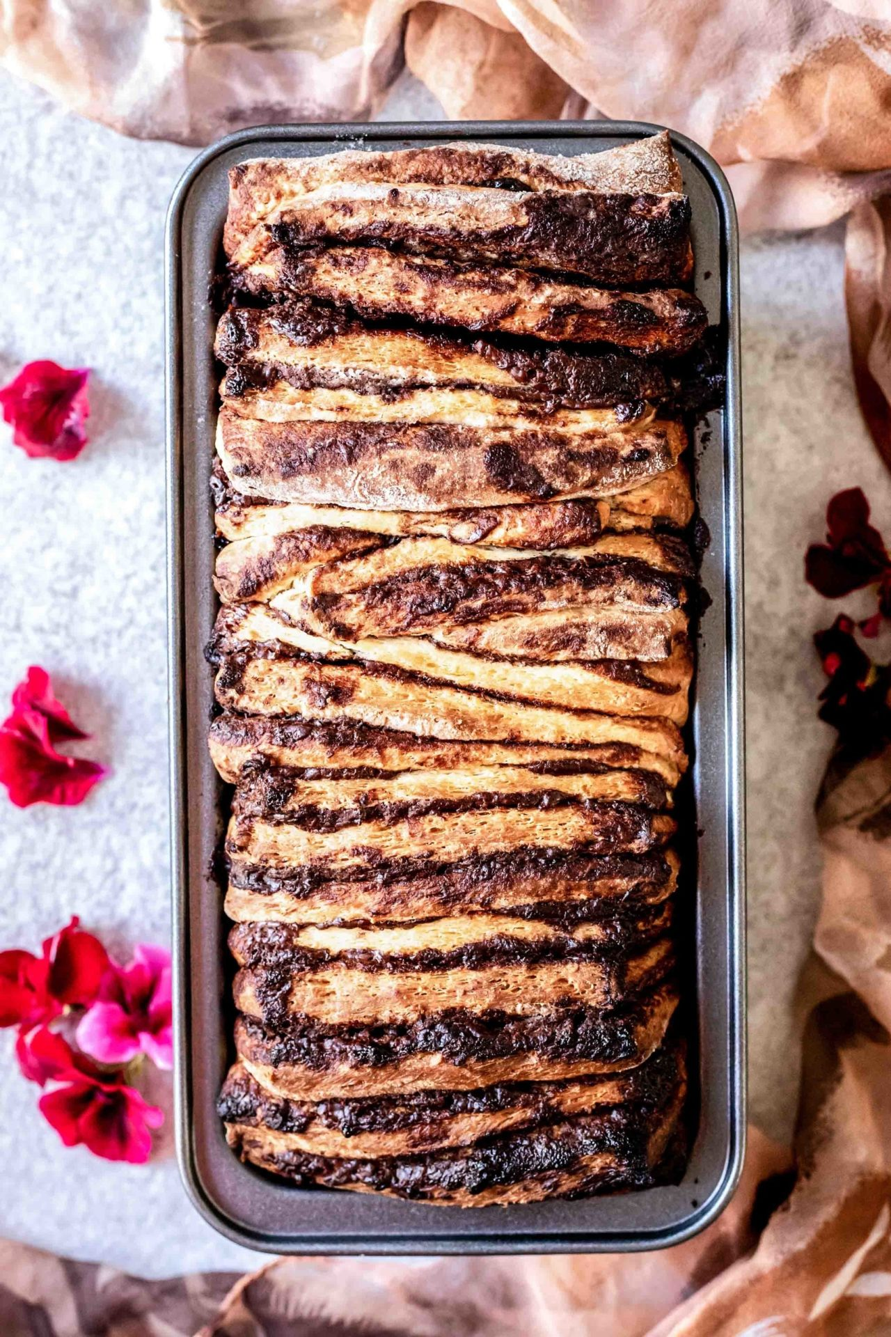This Gluten-Free Nutella Pull-Apart Bread is pillowy soft, tender, chocolaty, Nutella-infused, flavorful and so delicious!