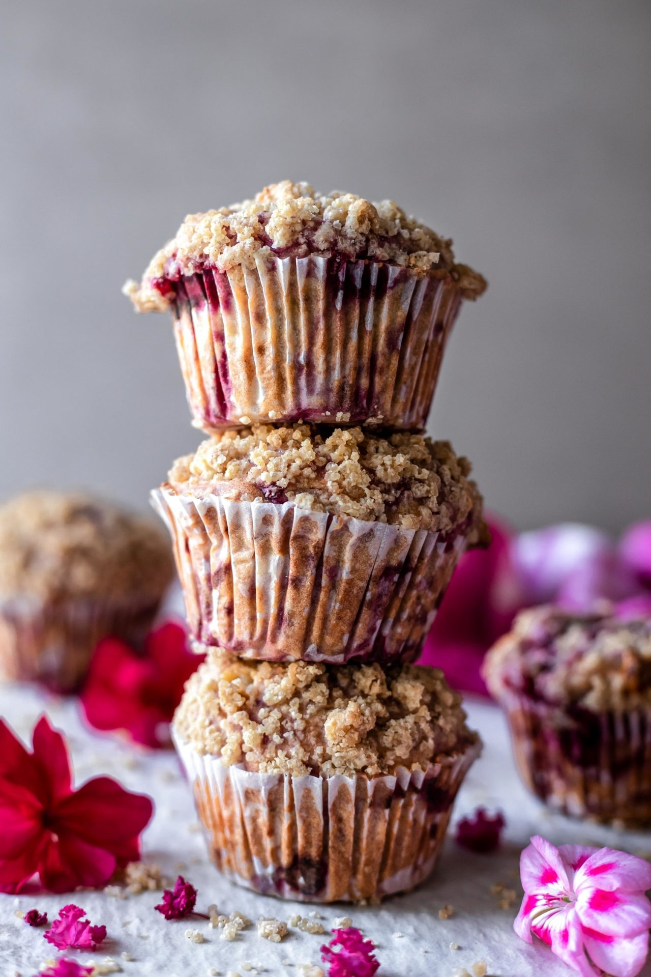 These Gluten-Free Raspberry White Chocolate Streusel Muffins are perfectly sweetened, crumbly on the top, flavorful, packed with raspberry flavor, hearty and so delicious!