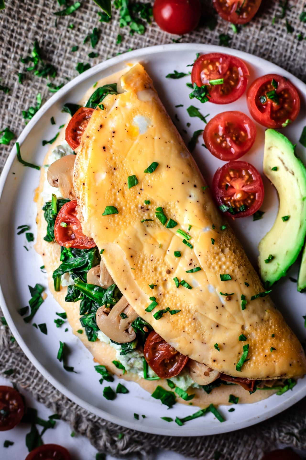 This Low FODMAP Veggie Omelet is super simple to make, savory, loaded with veggies, healthy, satisfying and so delicious!